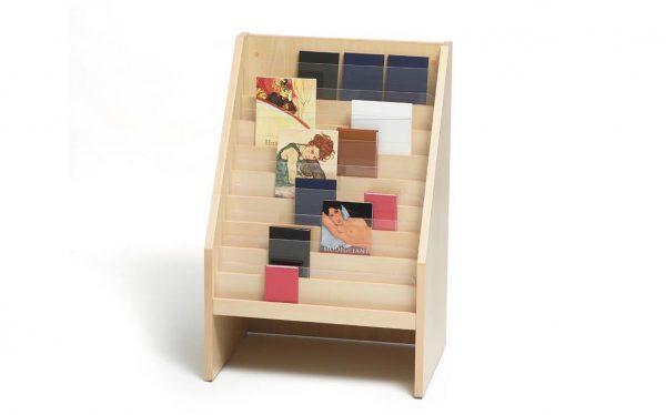 Expositor novedades madera